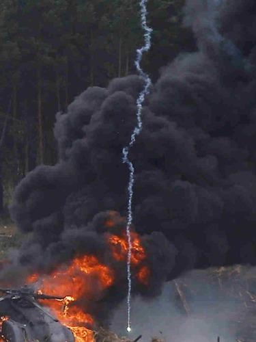 解放军武直10直升机在福建坠毁