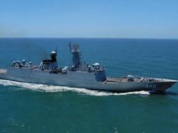 解放军举行东海对潜攻击演习