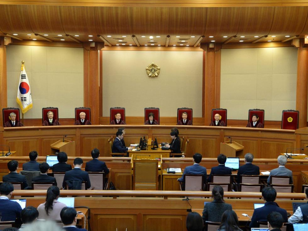 韓國憲法法院宣布判決:朴槿惠立即下台