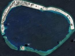 火炮密布 华重兵增援美济礁迎击美舰