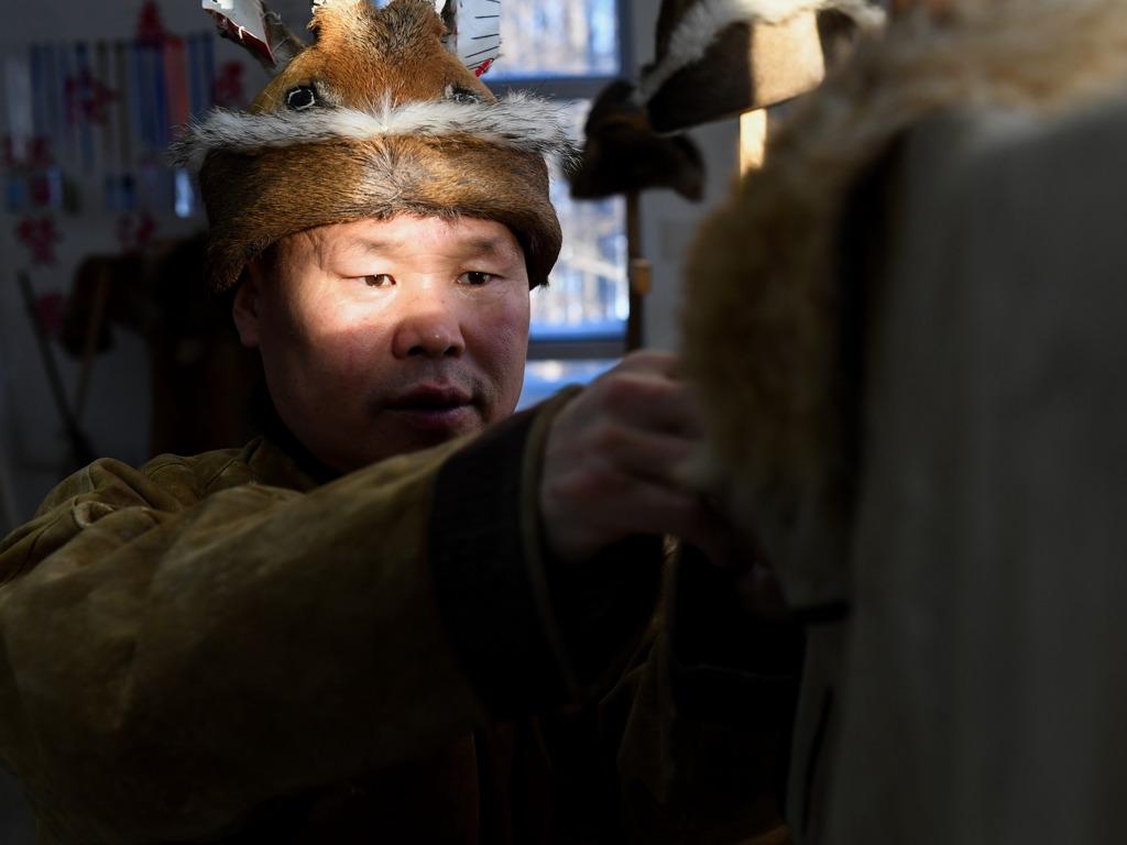 探访中国最后一个狩猎村 能配枪的民族[图集]